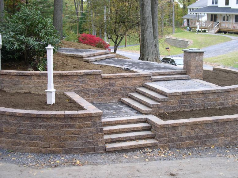 Retaining Walls » Northern Lights Landscape Contractors Llc